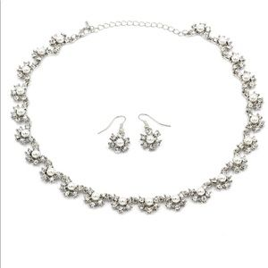 White classic crystal pearl necklace earrings set